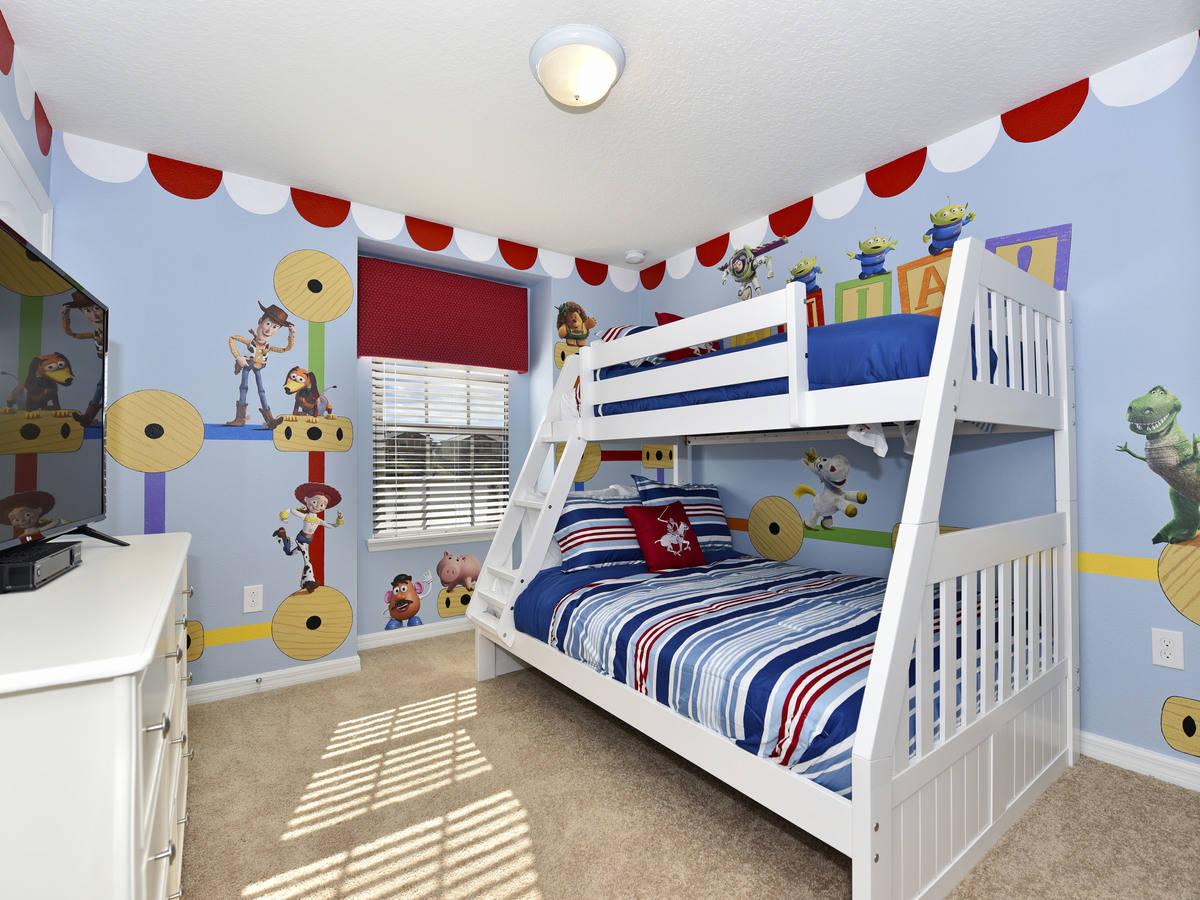 Computer original bedroom 4