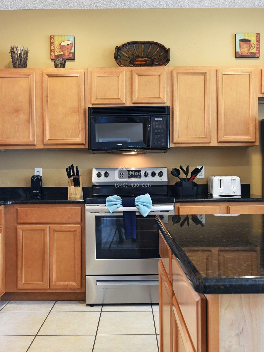 Portrait original kitchen 1