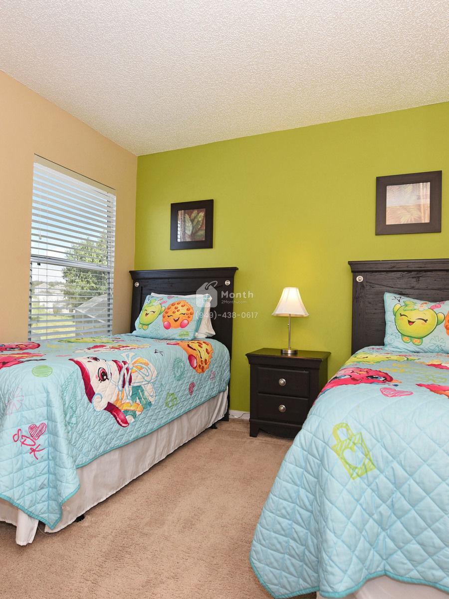 Portrait original bedroom 4